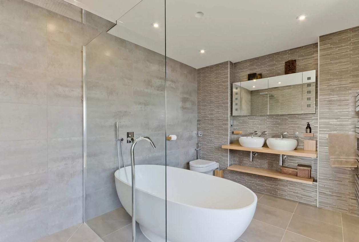 for 2016 small bathroom trends