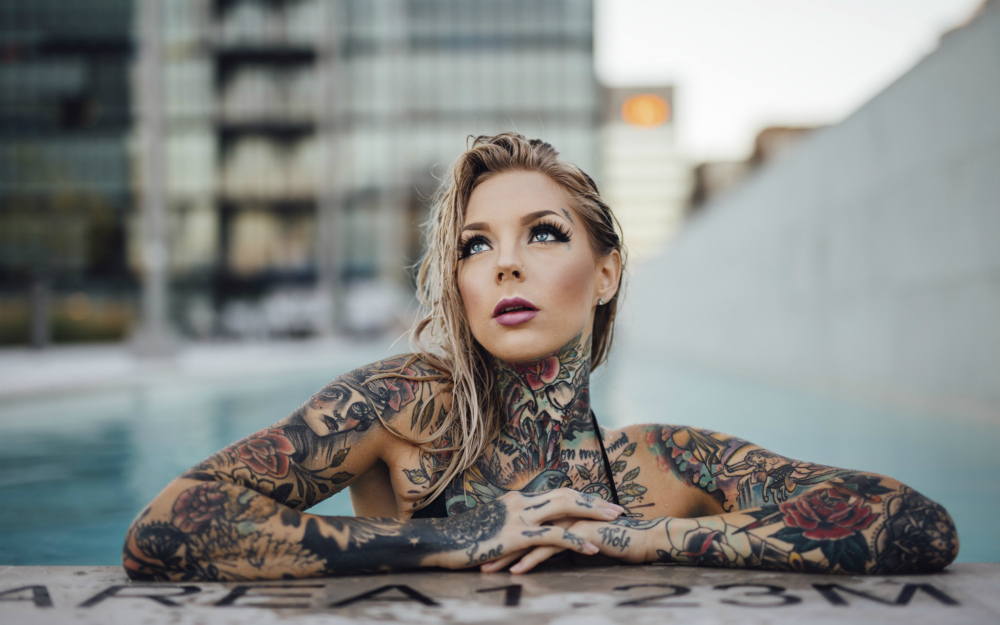 for Nude tattooed chicks